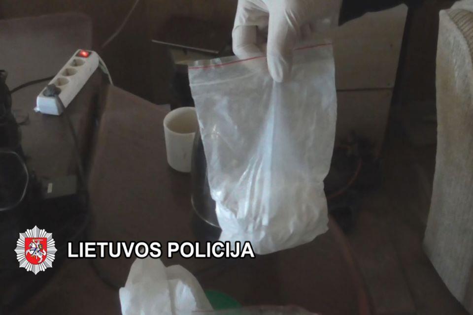 Nuteisti trys narkotines medžiagas platinę klaipėdiečiai