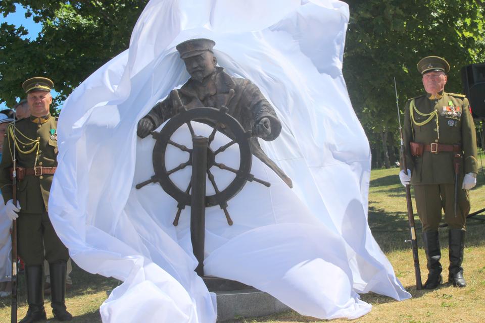Liudviko Stulpino skulptūra iškeliavo į Telšius