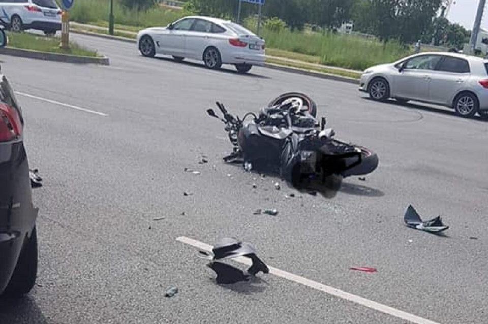 Dėl per avariją žuvusio motociklininko policija prašo pagalbos