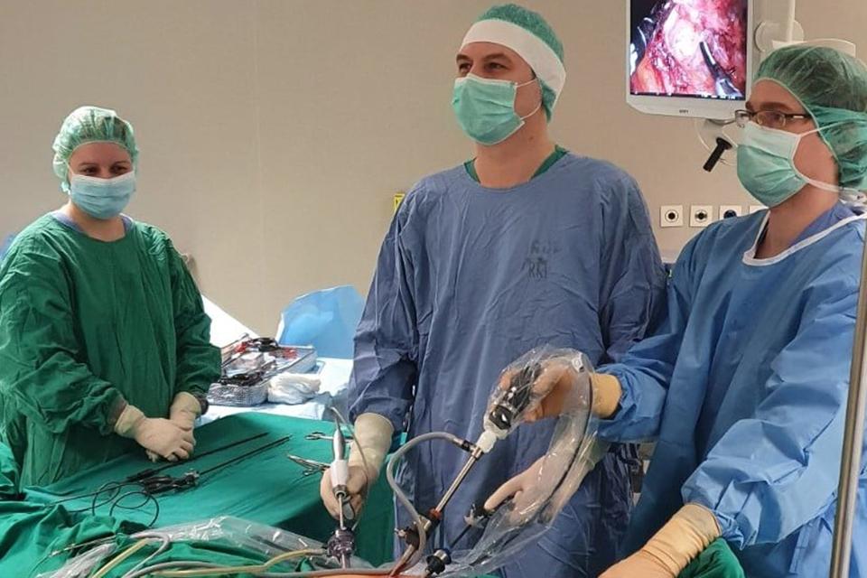 Pilvo ir endoskopinės chirurgijos skyrius operacijų nenutraukė