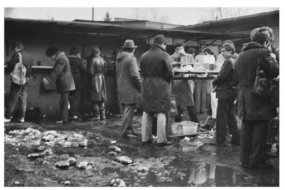 Renka sovietmečio aludarystės eksponatus