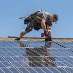 Ant Klaipėdos mokyklų ir darželių stogų – saulės elektrinės