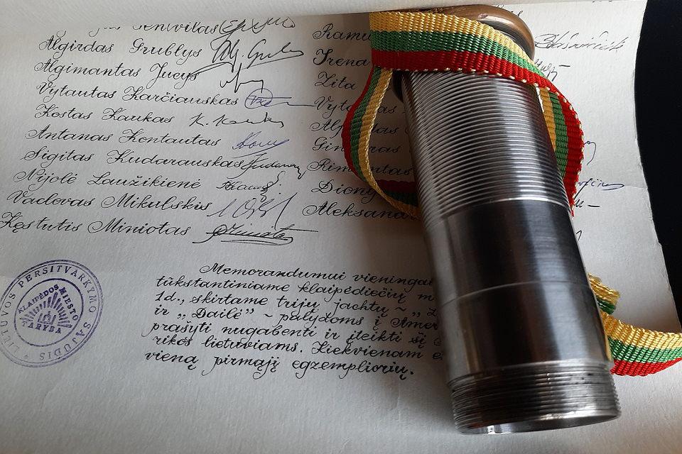 """Parodoje """"Laisvės forpostas"""" – ir klaipėdiečių 1989 m. kreipimasis į JAV lietuvius"""