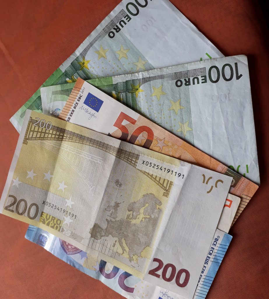 Po santechniko vizito pasigedo pinigų