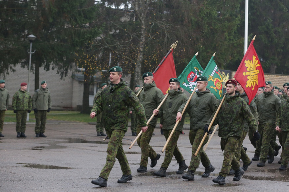 Prasidėjo kariuomenės atkūrimo šimtmečiui skirtas žygis