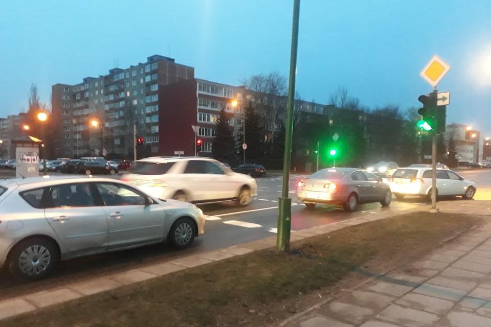 Mieste daugėja žaliųjų rodyklių