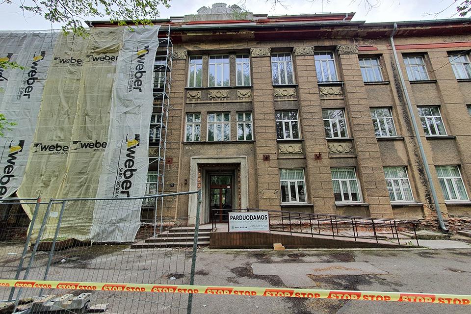 Buvusiuose universiteto pastatuose – butai