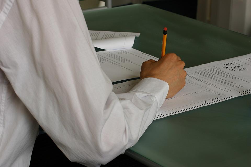 Izoliacijoje esantys abiturientai galės laikyti egzaminus ir per pagrindinę sesiją