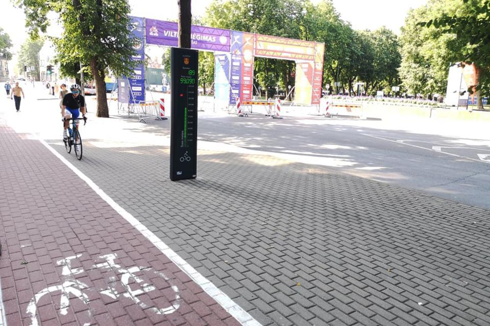 Ties teatro pastatu šiemet jau beveik 100 000 dviratininkų