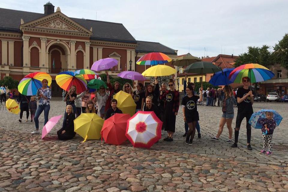 Klaipėdos jaunimas kviečia išsitraukti skėčius