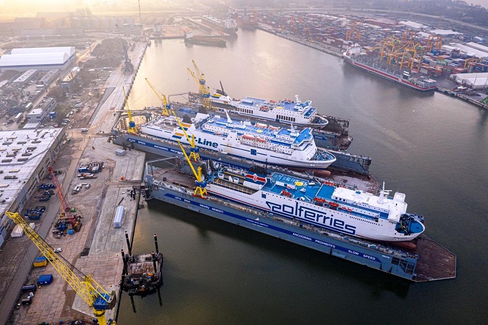 """Darbą pradėjo antrasis """"Panamax"""" tipo laivų remontui skirtas dokas"""