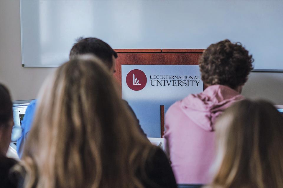 LCC universitete – pagal Harvardo programą parengtas IT studijų dalykas