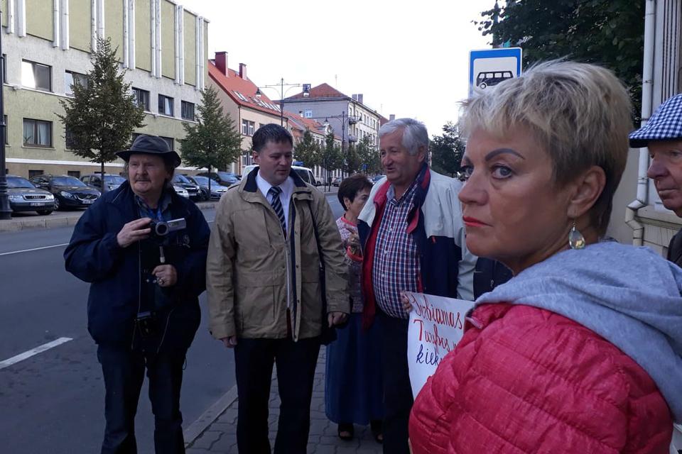Viačeslavo Titovo apkalta keliasi į teismą