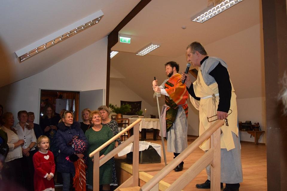 Atidarytas renovuotas Dovilų etninės kultūros centras