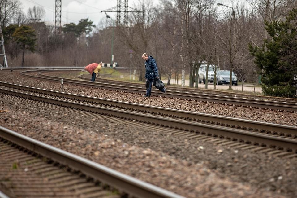 """""""Ėjau ir eisiu per geležinkelį"""""""