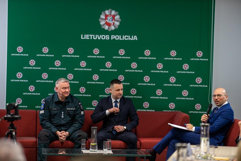 Policija: sumažėjo vagysčių ir plėšimų, bet padaugėjo sukčiavimų