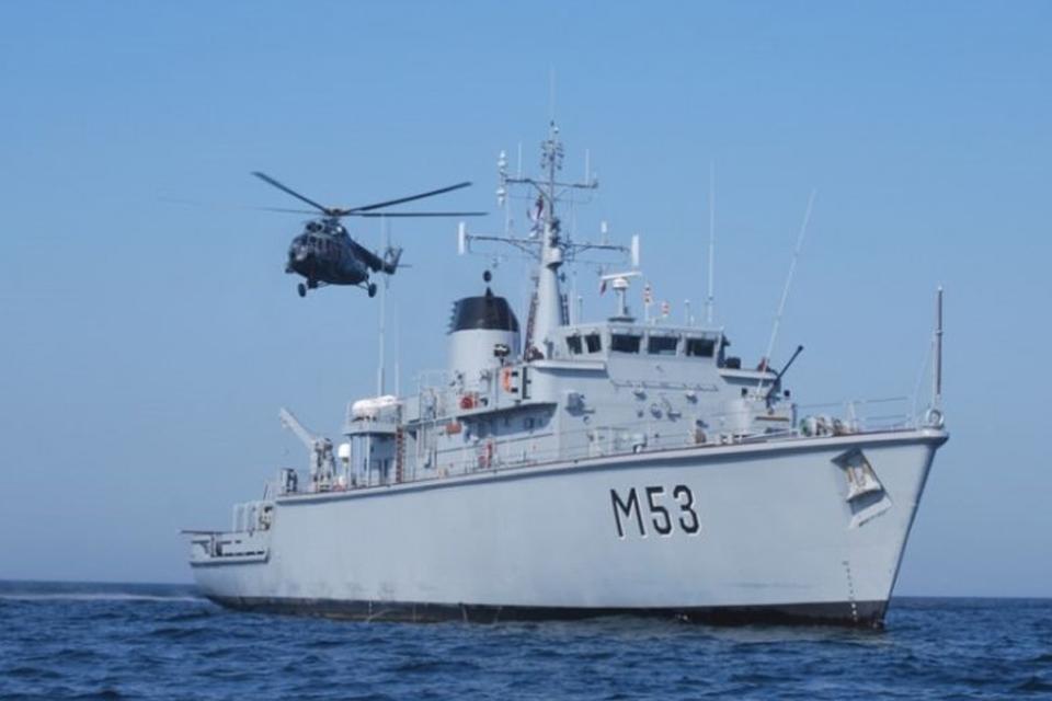 Pirks britų karinį laivą