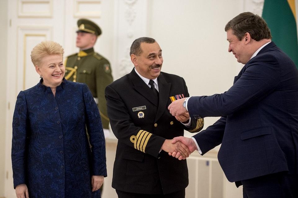 Karinių jūrų pajėgų vadui – admirolo laipsnis