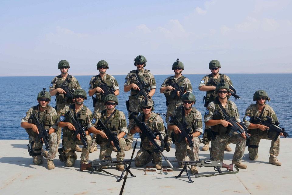 Apdovanoti Indijos vandenyne laivą saugoję Lietuvos kariai