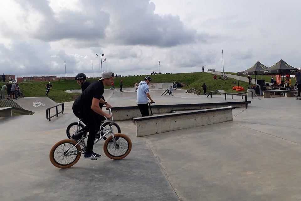 Sąjūdžio parke – ekstremalaus sporto mėgėjų varžybos