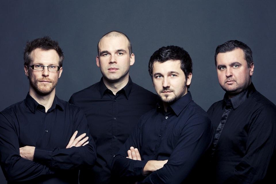 """""""BaRock"""" su Baltijos gitarų kvartetu"""