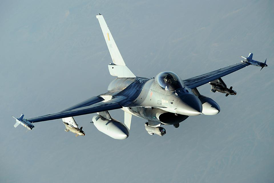 KAM: sprogimą primenantį garsą sukėlė NATO naikintuvai
