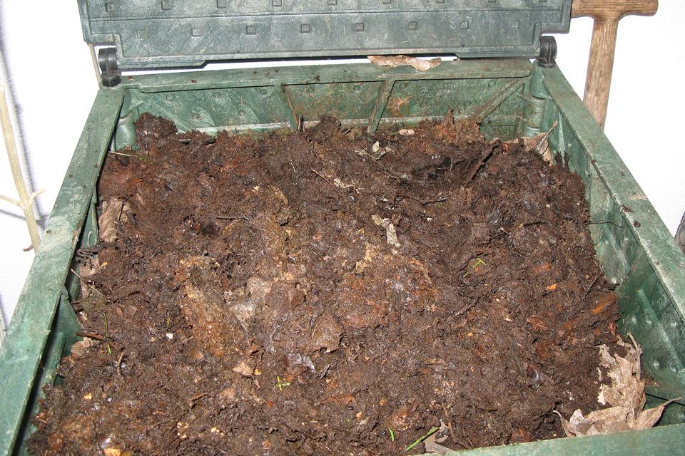 Vėl dalins kompostą ir kompostines