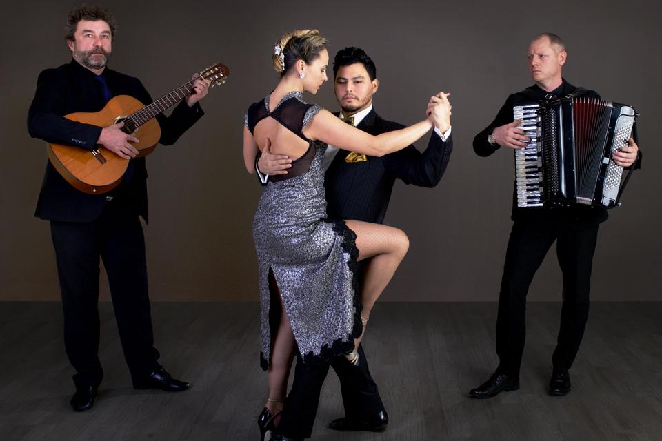 """Klaipėdoje – """"Tango Argentino"""" virtuozų pasirodymai"""