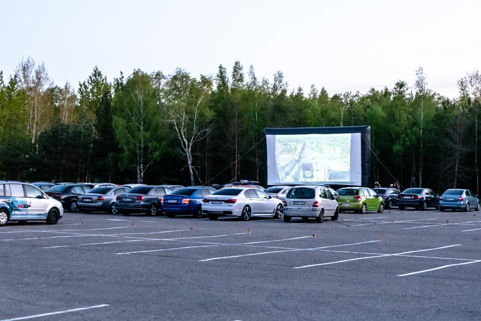 Ketvirtadienio vakarą – nemokamas automobilių kino seansas