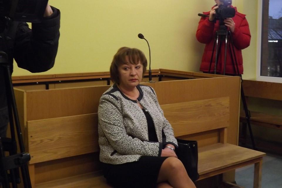 Prokurorę ir verslininką siūlo bausti lygtinai