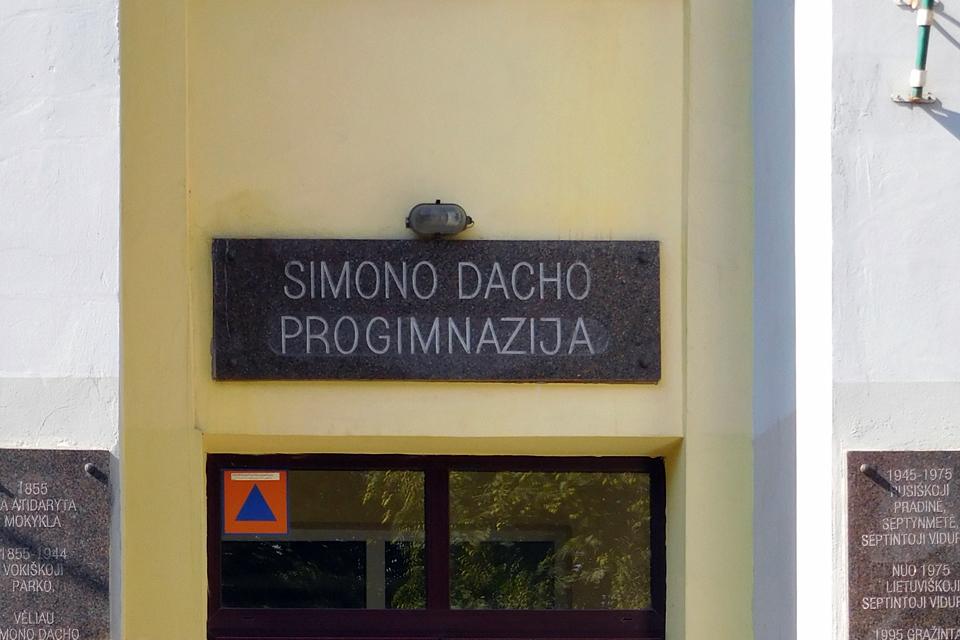 Už nesuvaldytas patyčias Simono Dachoprogimnazija nukentės finansiškai
