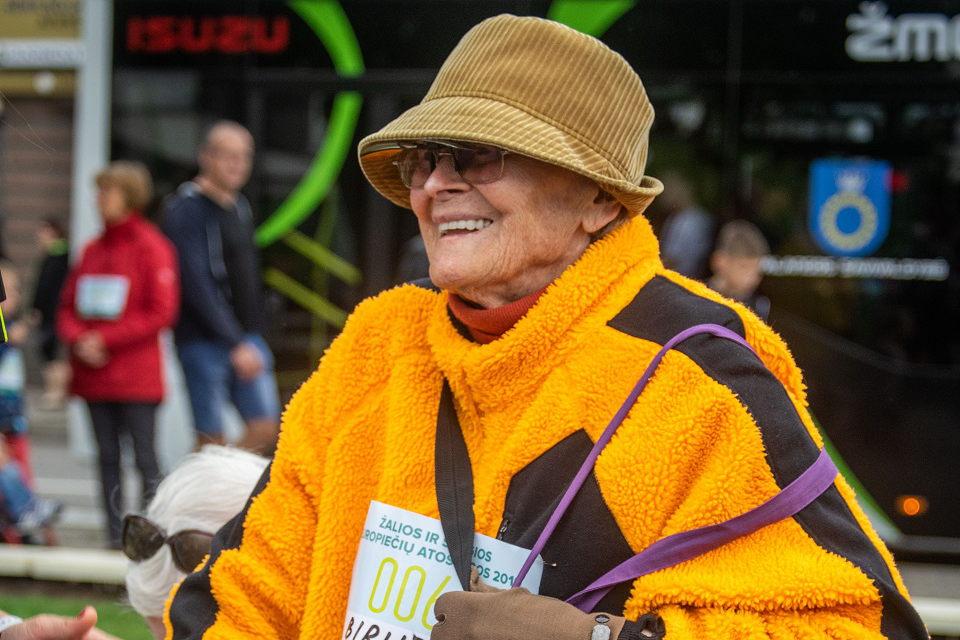 Į žygį Palangoje išsiruošė ir 96 metų senolė