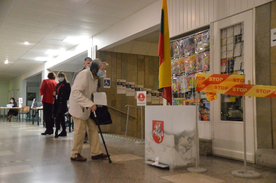 Seimo rinkimų II turo debatai: ką kalba ir žada Klaipėdos apygardų kandidatai?