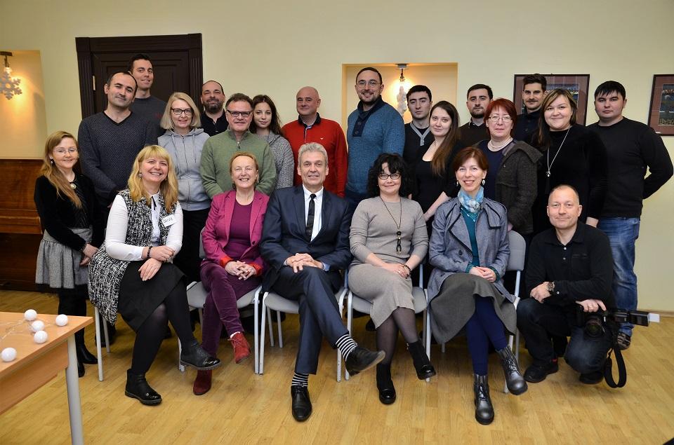 Šimtmečio minėjimą pradėjo lietuviškai prašnekę užsieniečiai