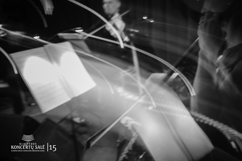 6-oji orkestro dėlionė: muzikos išprovokuoti ir nublokšti