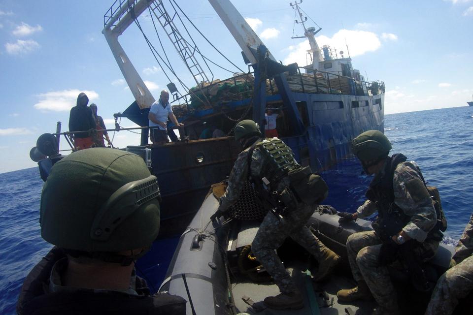 Į tarptautinę operaciją išvyksta trečioji Laivų apžiūros grupė