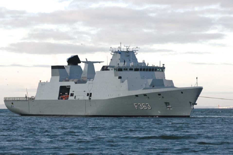 Klaipėdos uoste – karinė danų fregata