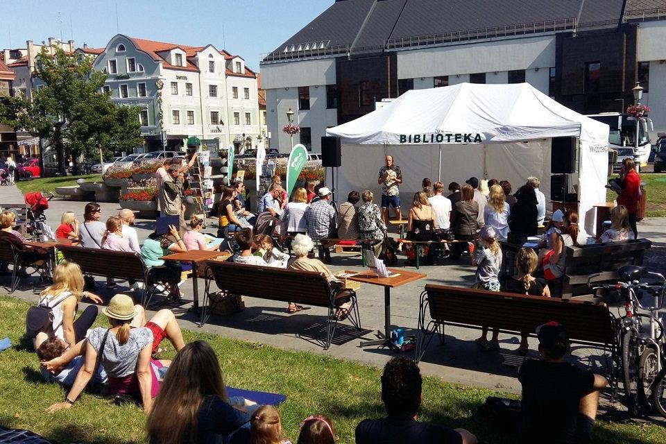 Karlskronos aikštėje vėl veiks interaktyvi vasaros skaitykla