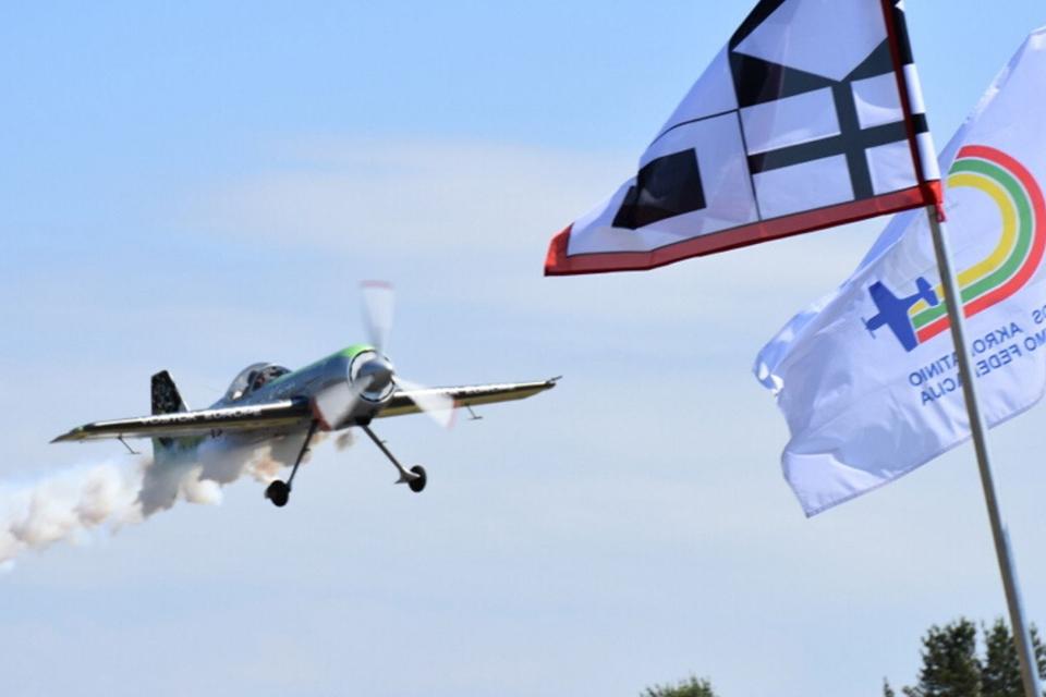 Į Neringą – ir oro keliu: pradeda veikti Nidos aerodromas