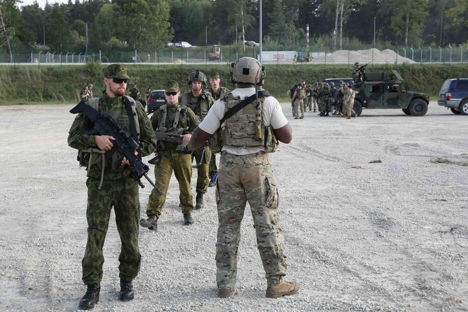 Kretingiškiai savanoriai treniravosi Vokietijoje