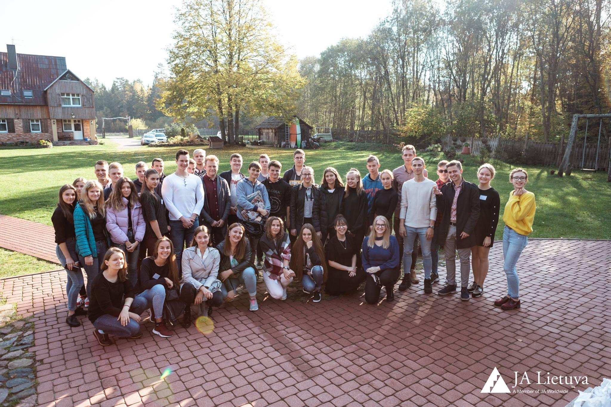 Verslus Klaipėdos regiono jaunimas kuria idėjas