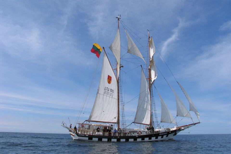 Prestižinėse lenktynėse Lietuvai atstovaus du Klaipėdos universiteto laivai