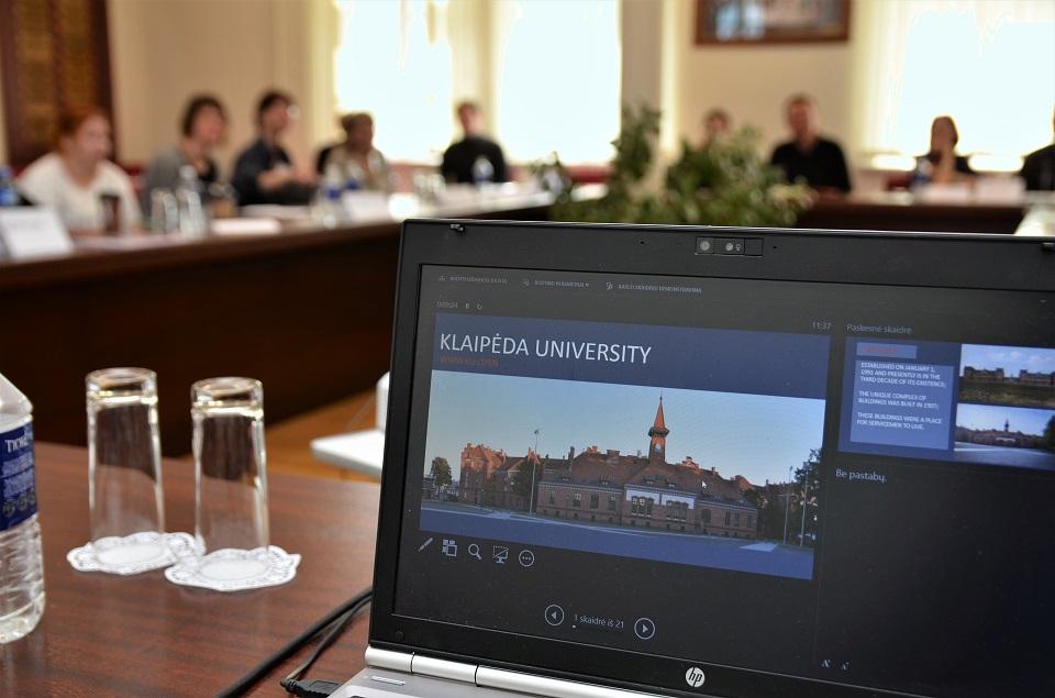 Į Klaipėdos universitetą sugrąžintos dar 5-ios studijų programos