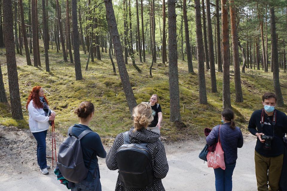 Neringos miško architektūrose ekskursijos tęsis ir birželį