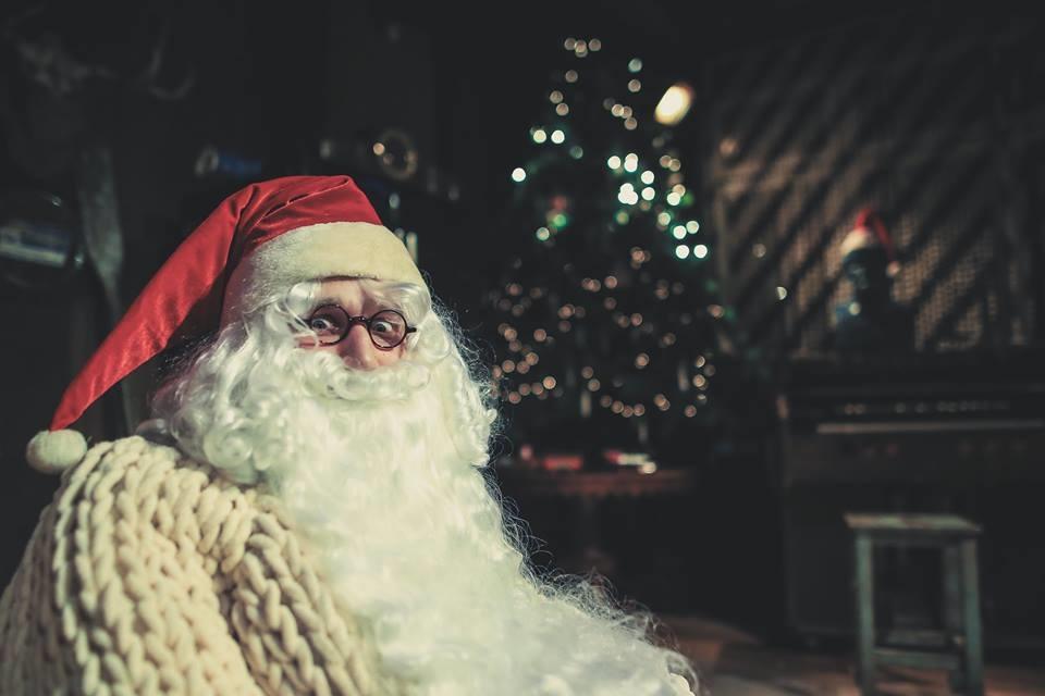 Atidaromas Kalėdų Senelio teatras