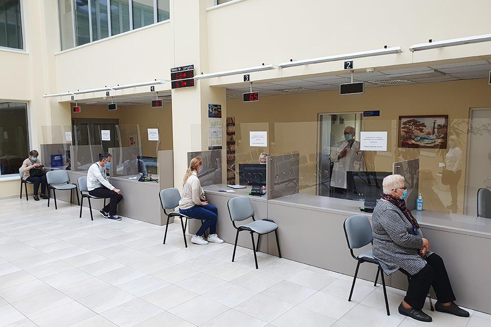 Klaipėdos universitetinė ligoninė skubios ir planinės pagalbos nestabdo