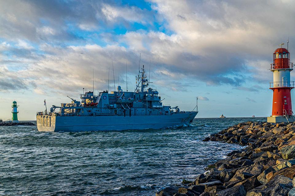 Lietuvos vadovaujama NATO priešmininių laivų grupė aptiko kelias dešimtis minų