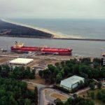 """""""Klaipėdos naftą"""" pasiekė pirmasis istorijoje naftos krovinys iš JAV"""