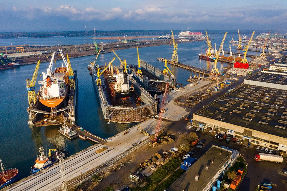 Rekonstruos tris Vakarų laivų gamyklos krantines