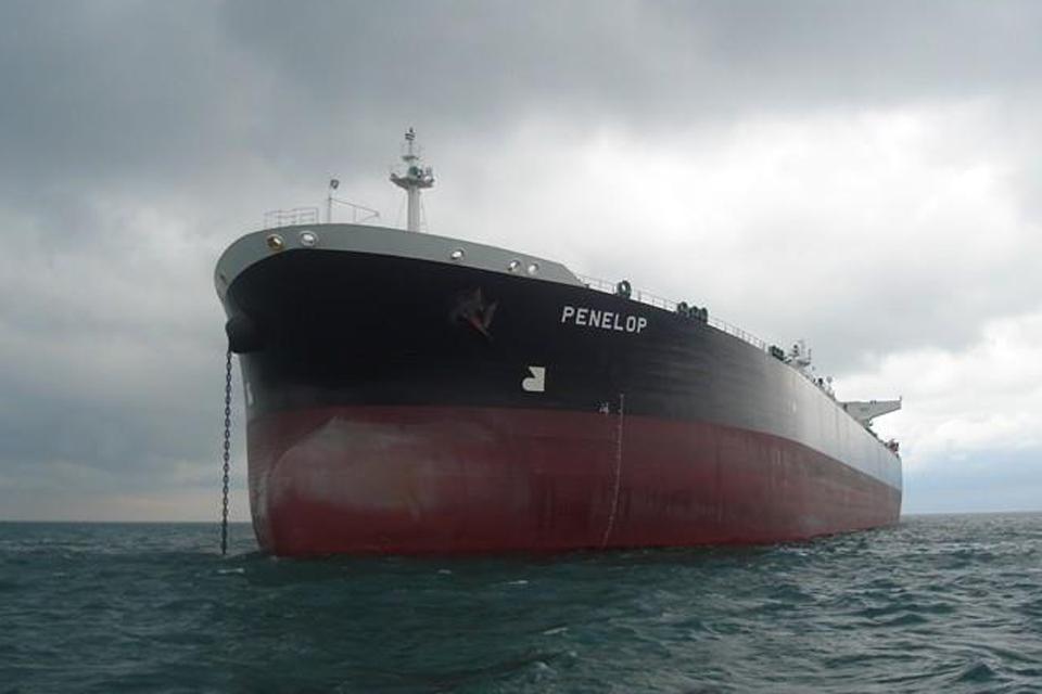 Jūroje gelbėjo tanklaivio įgulos narį
